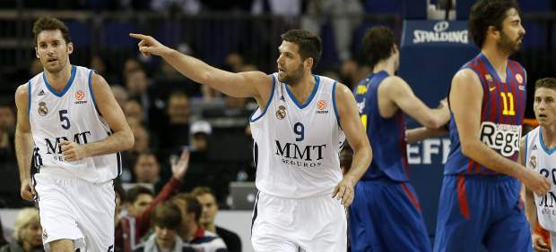 Reyes y Navarro en el Barça - Madrid