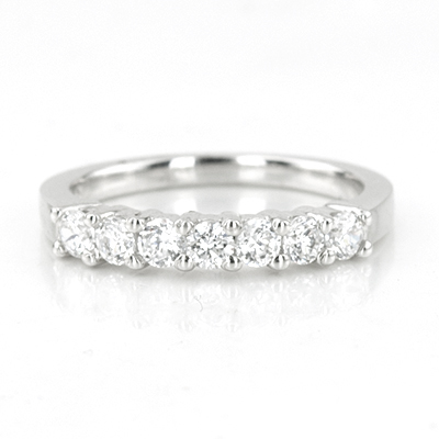 049ct Lovely 7 Stone Shared Prong Diamond Band