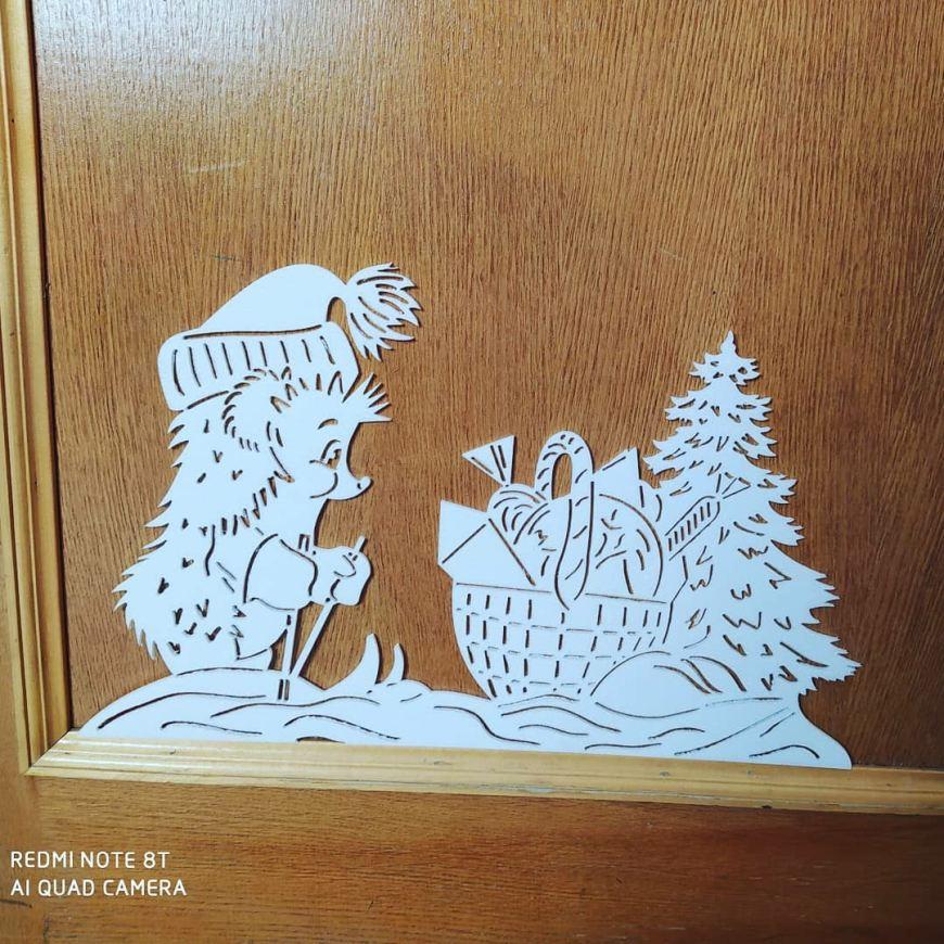 Laser Cut Hedgehog Christmas Decoration Free Vector