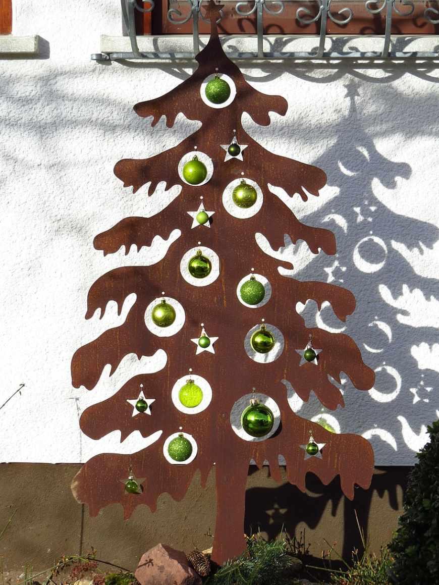 Laser Cut Alternative Christmas Tree Free Vector