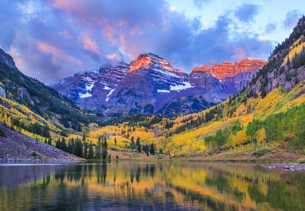Maroon Bells y Maroon Lake - Los colores del otoño en la salida del sol, Frommers hermosas montañas