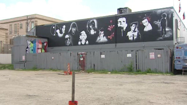 A new mural is being created on the side of Numbers night club by local artist Rene Fernandez <span class=meta>(KTRK Photo)</span>