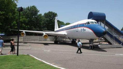 Graceland planes