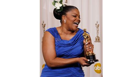 MoNique poses backstage with the Oscar for best performance by an actress in a supporting role for Precious: Based on the Novel Push by Sapphire at the 82nd Academy Awards Sunday, March 7, 2010.