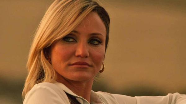 Cameron Diaz, this is not a face i love to see. what is happening to it?