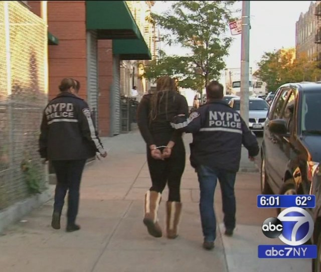 Hotels In Brooklyn Queens Raided In Prostitution Bust 3 Arrested