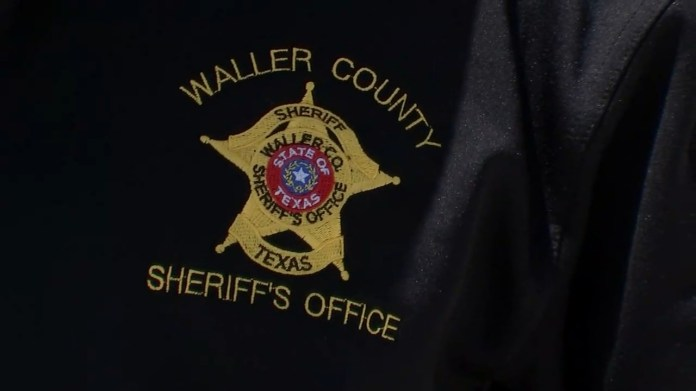 Woman drives off from armed man who impersonated a deputy, Waller Co. Sheriff's Office says