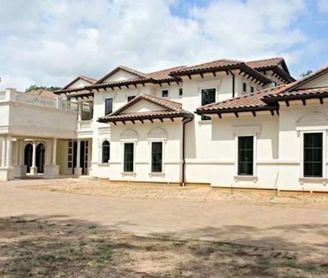 Look Houston Rocket Chris Pauls Huge New Home In The Woodlands Abc Com