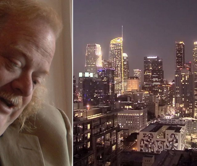 Jonathan Gold Socal Lights Up Gold To Remember Beloved Food Critic Abc Com