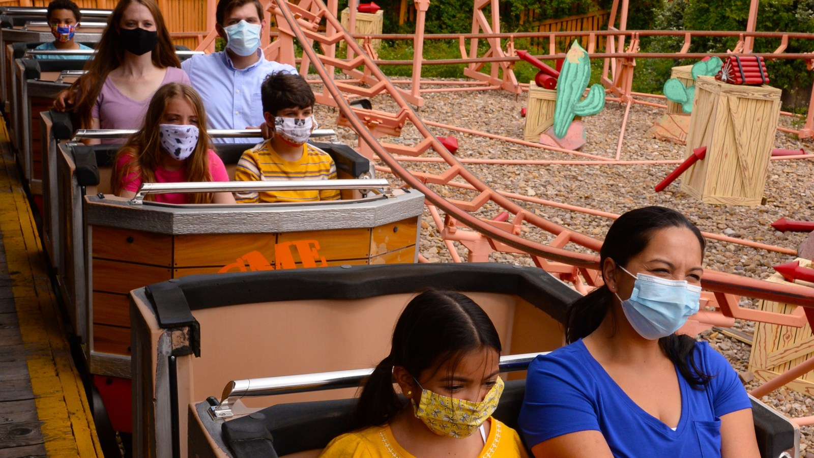 Six Flags Great Adventure Reopening July 4th Weekend With New Safety Measures Due To Covid 19 Pandemic 6abc Philadelphia