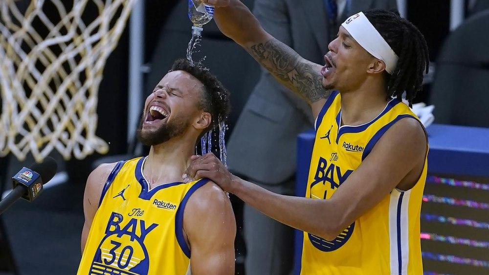 Stephen Curry has career-high 62, Warriors beat Blazers - ABC7 San Francisco