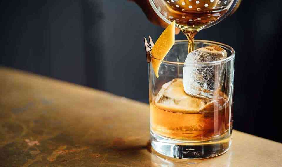 Manly Drinks to Try Next Time In The Bar