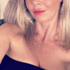 ENGLISH BLOND BELLE  North East  British Escort