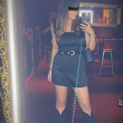 fabfaye Gatwick, Horley, Crawley, Redhill, West Sussex,  South East Rh6 British Escort