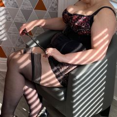 MistressVelvetGreen Bristol, Gloucester, Bromsgrove South West BS15  British Escort