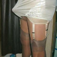 Forced2Be Bi-By Wife Glasgow City Area 10-Mins Central Station Scotland G41 British Escort