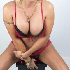Jasmin blond massage Wembley Park Neasden Harrow London Ha9 British Escort