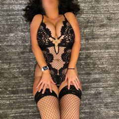 Karren_Hot_Wife Wilmslow North West SK9 British Escort