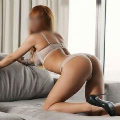 Hottie____Monica Coventry West Midlands cv2 British Escort