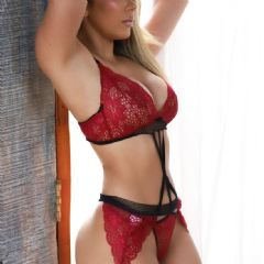 Amanda.sexy.brunette High Wycombe Amersham Beaconsfield  South East HP13 British Escort