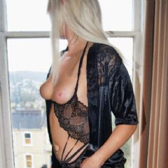 Rosie Cheeks 69 Bristol, Bath & Surrounding Area. South West BS16 British Escort