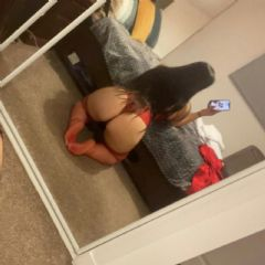 Riley x Bristol City Centre South West BS1 British Escort