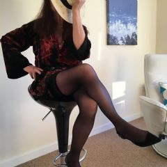 Mature Motion Mid Cornwall South West PL25 British Escort