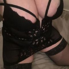 Welsh_Gem_X Newport Wales NP10   British Escort