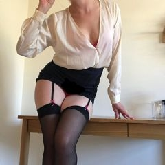 LilTheLustyLibrarian Edinburgh  Scotland EH1 British Escort
