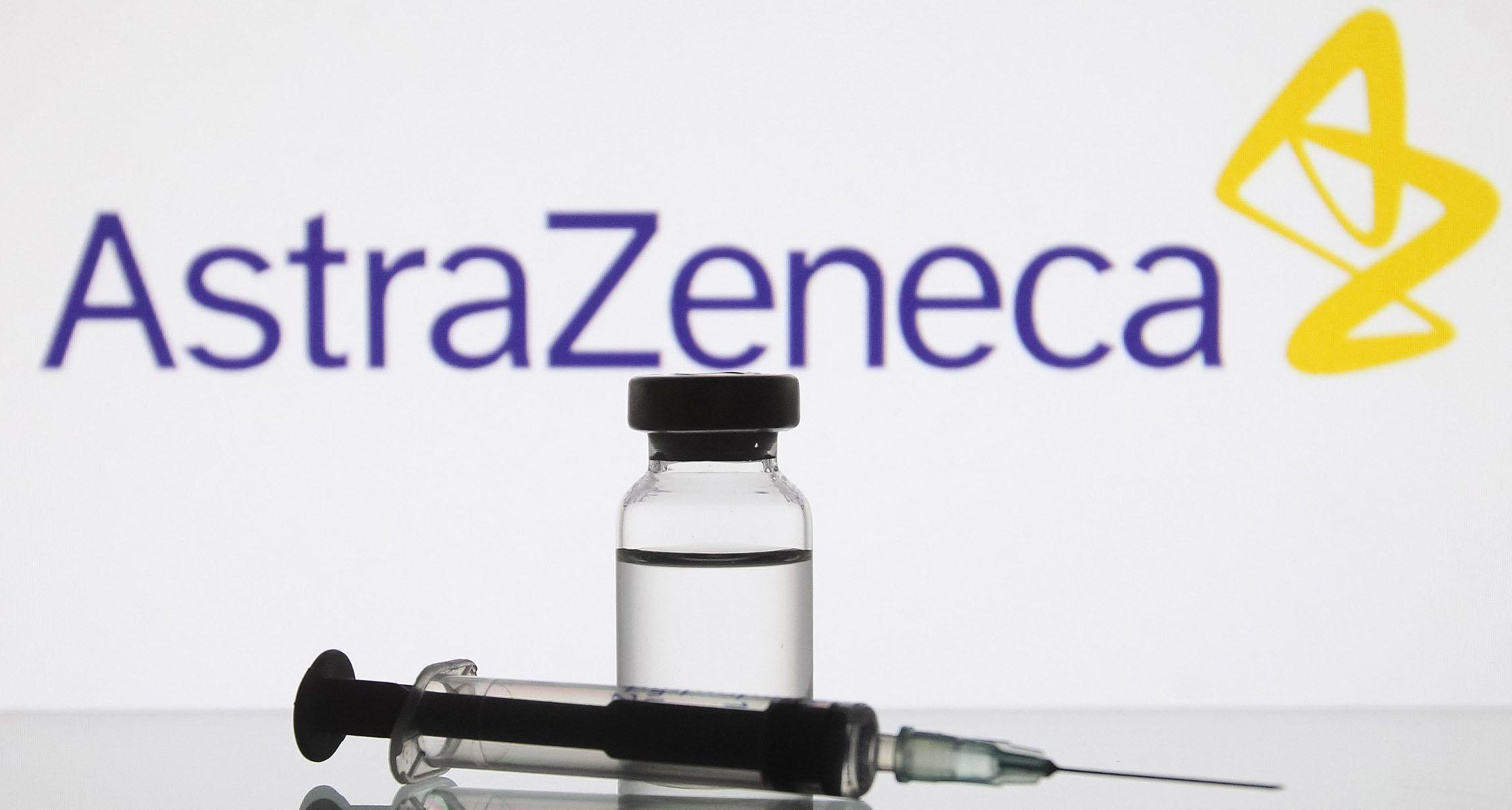 https www aerzteblatt de nachrichten 120658 ema gibt gruenes licht fuer sars cov 2 impfstoff von astrazeneca zulassung auch fuer aeltere menschen