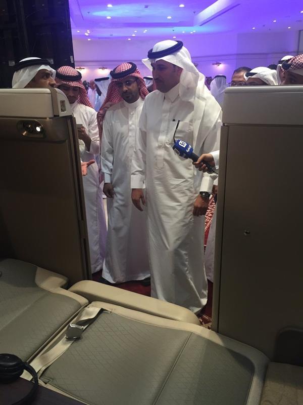 """""""الخطوط السعودية"""" تدشن مقاعد الدرجة الأولى في طائراتها الجديدة """"بوينج 777"""""""