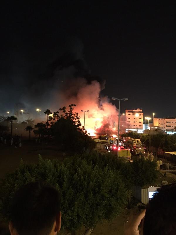 مدني الطائف يسيطر على حريقين في بسطات شعبية وسوق الأعلاف بالحوية