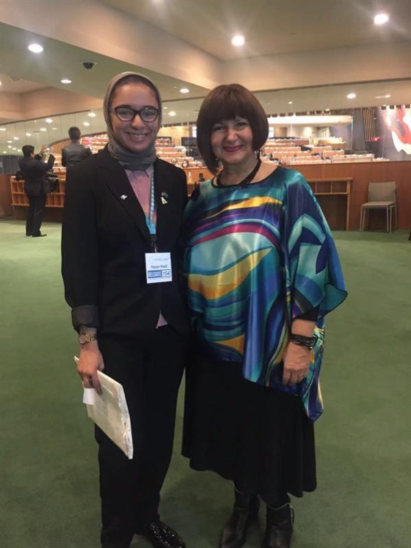 """بالصور.. اختيار الشابة """"رزان العقيل"""" سفيرة للشباب في الأمم المتحدة"""