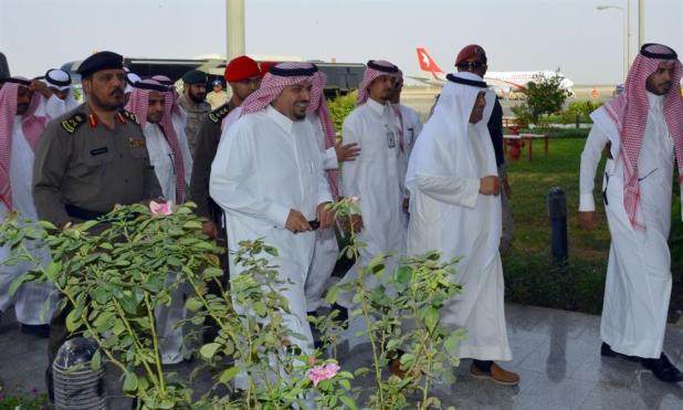 زيارة الأمير فيصل بن مشعل لمطار القصيم
