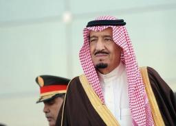 صحافة : خادم الحرمين يعزي عمر أحمد مسعود في وفاة والده.. والأخير: شكراً لأبينا