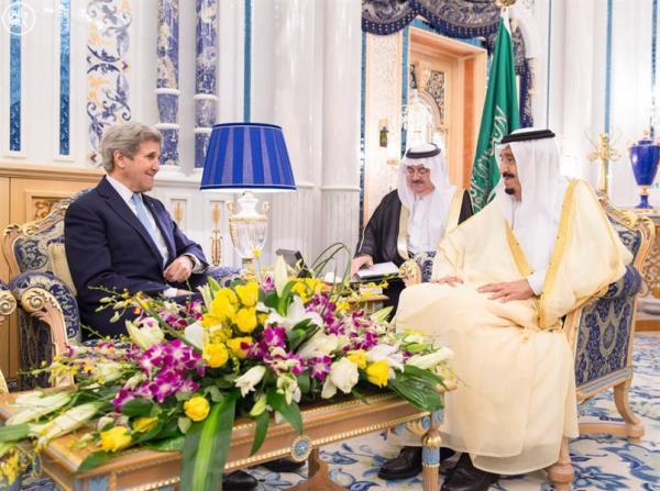 صورة خادم الحرمين الشريفين الملك سلمان بن عبدالعزيز ووزير الخارجية الامريكي جون كيري
