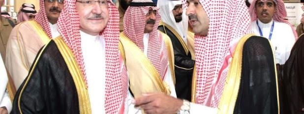 """( وهنا مع الأمير سطام بن عبد العزيز """" رحمه ألله في احدى المناسبات"""