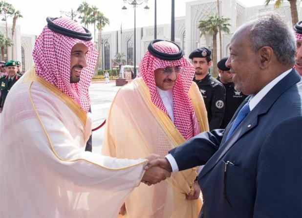 بالصور.. خادم الحرمين الشريفين يعقد جلسات مباحثات مع رئيس جيبوتي