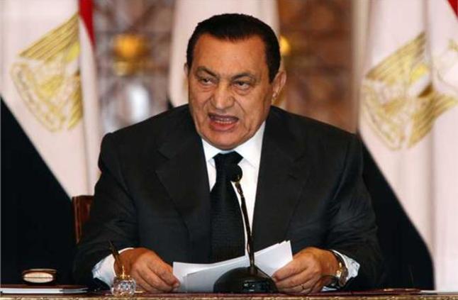 أحمد موسى مبارك قالي متخافش على مصر طول ما القوات المسلحة