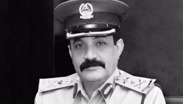 الفريق الراحل خميس مطر المزينة، القائد العام لشرطة دبي