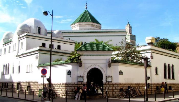 بالصور.. المسجد الكبير بباريس.. تعرف على المقصد الأول لمسلمي فرنسا