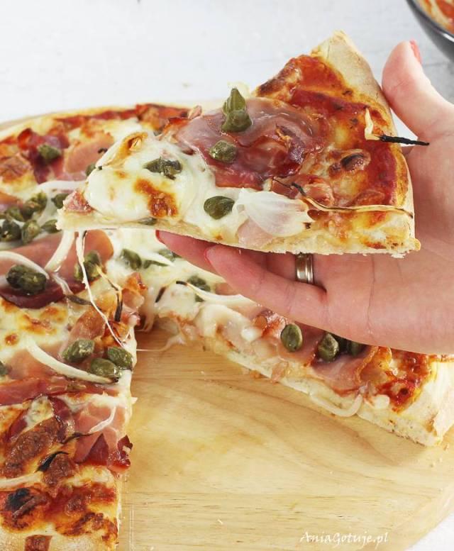 Пицца с пармской ветчиной и каперсами, 6