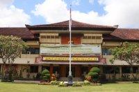 Polisi Denpasar buru pencuri diduga bersenjata