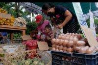 Pasar murah jelang Galungan dan Kuningan