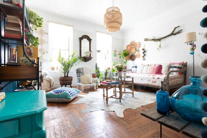 A Maximalist's Home Is a Plant-Filled, Boho Retreat You'll Want to Lounge In All Day