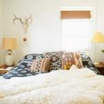ضاحية غير ملائم حاضر Window Behind Bed Decorating Costaricarealestateproperty Com