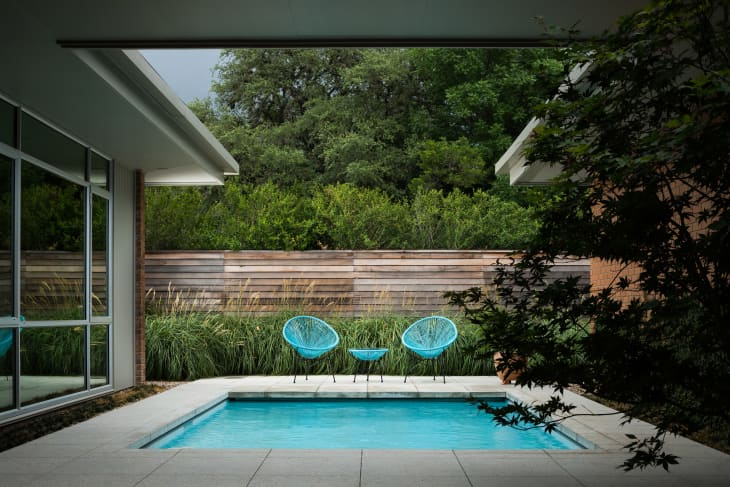 12 small backyard pool ideas how to