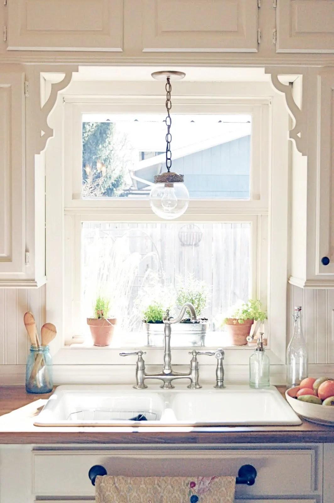 kitchen sink window decorating ideas