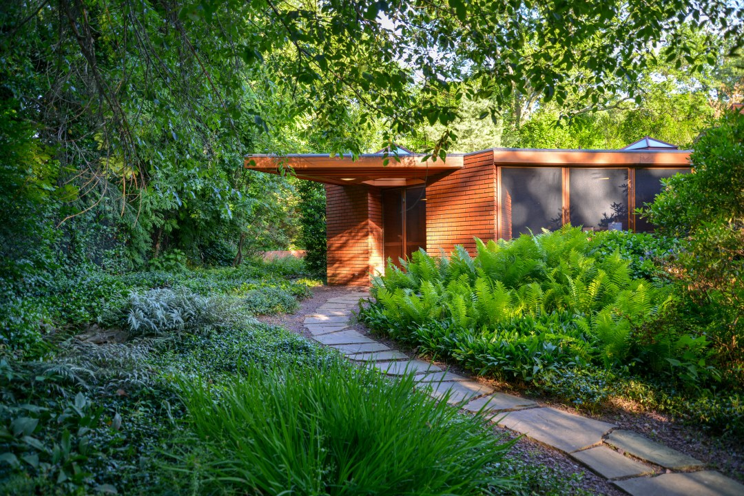 This Frank Lloyd Wright House Near New York City Is on the Market for $1.2M