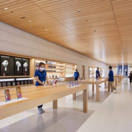 Apple-Store-Marina-Bay-Sands-Officiel-Interieur-2-739x492